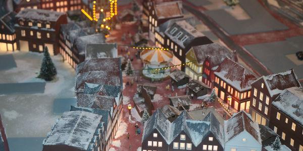 Miniatur-Weihnachtsmarkt-web.jpg